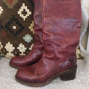 Costume National Boots in Cognac